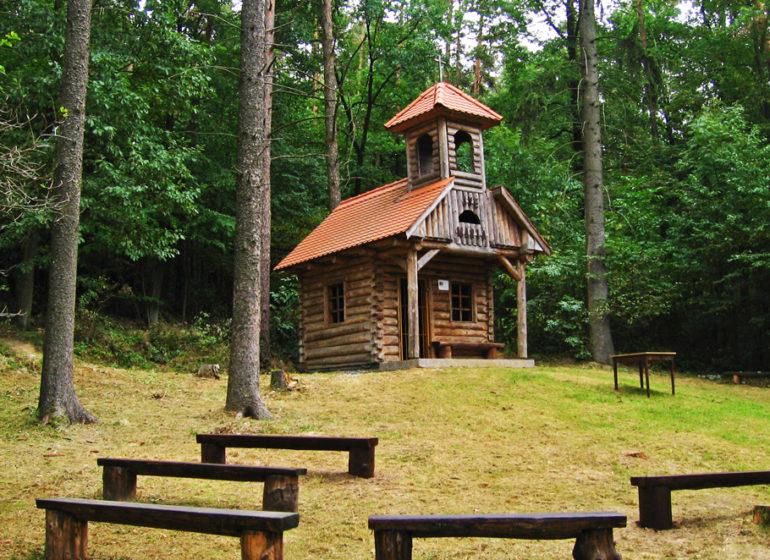 kaple-mitrovskych