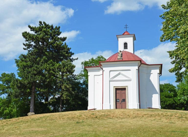 kaple-sv-urban-slavkov
